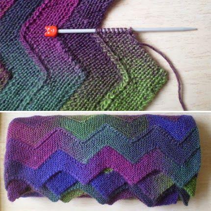 Ten Stitch Zigzag   Knitting patterns, Crochet, Lace knitting