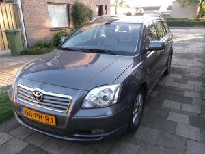 zeer nette toyota avensis executive 2.0D 4d - Waalwijk - Koopplein.nl