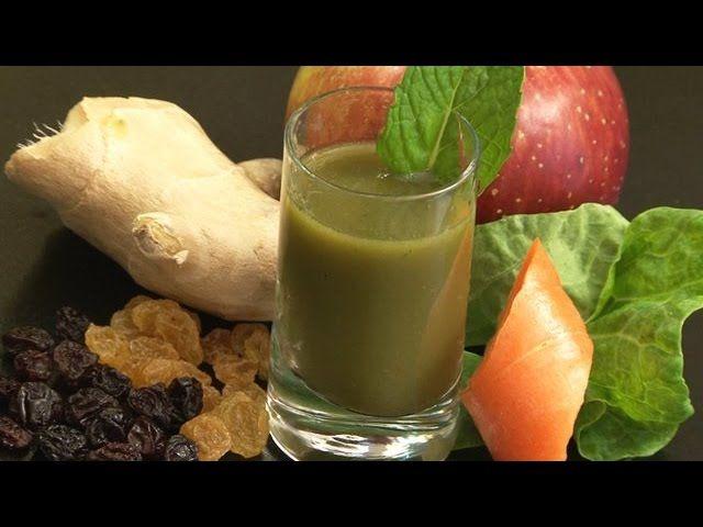 Quer emagrecer?! Então temos a receita perfeita para si! Aprenda a fazer um suco emagrecedor em que o principal ingrediente é a maçã, uma fruta com muitas propriedades saudáveis! Ingredientes: 1 maçã verde 1 colher de sopa de farinha de banana verde 1 colher de sopa de linhaça 1 colher de so…