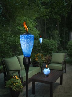 This TIKI Glow Torch adds atmosphere and light effects to your deck or backyard