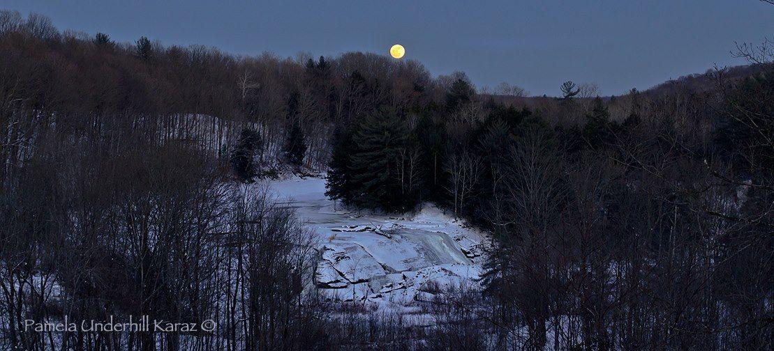 moon_full_1-26-2013_Pamela_Underhill_Karaz_Trenton_Falls_NY