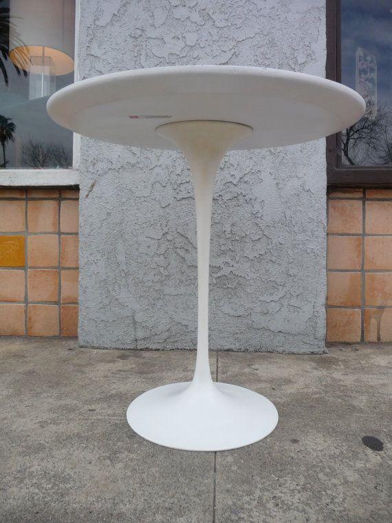 Httpswwwetsycomlistingeerosaarinentuliptable - Knoll pedestal table
