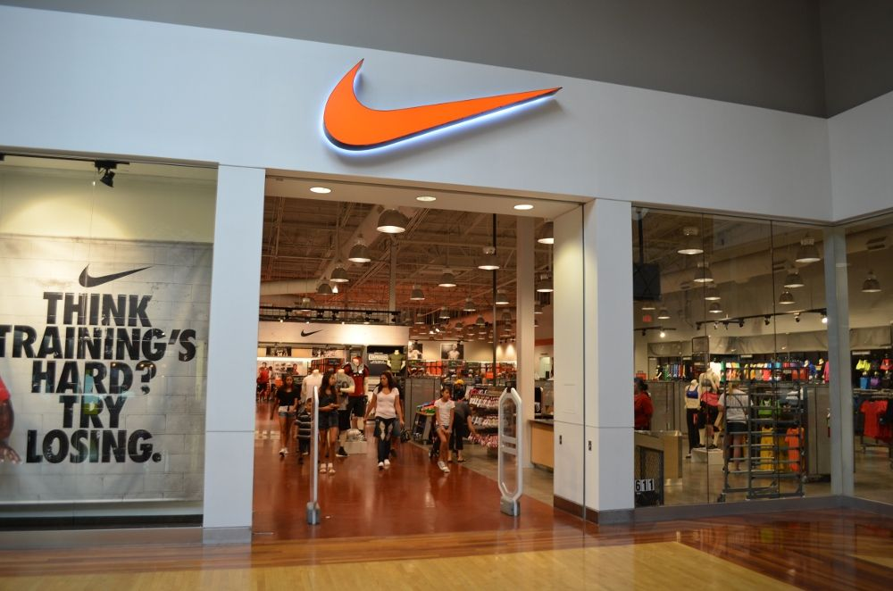 nike store outlet mall