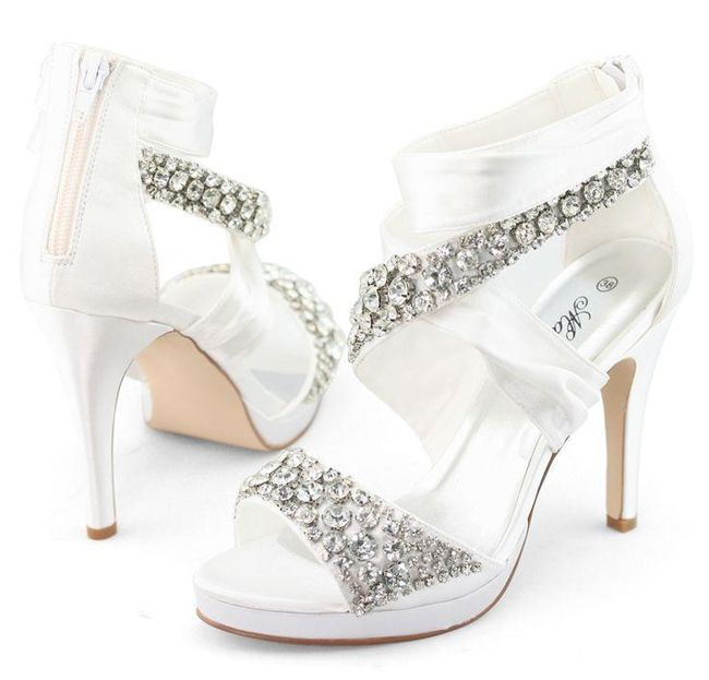 Trendy White Bridal Shoes For Weddings