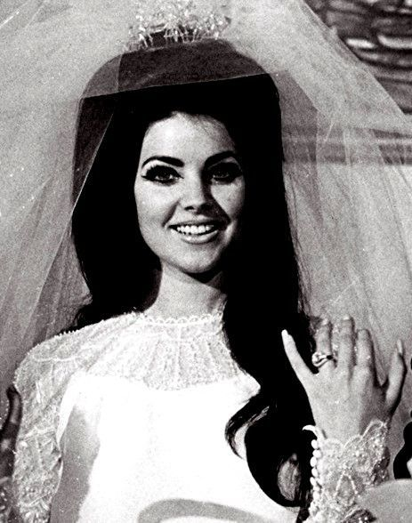 I want Priscilla's look on my wedding day