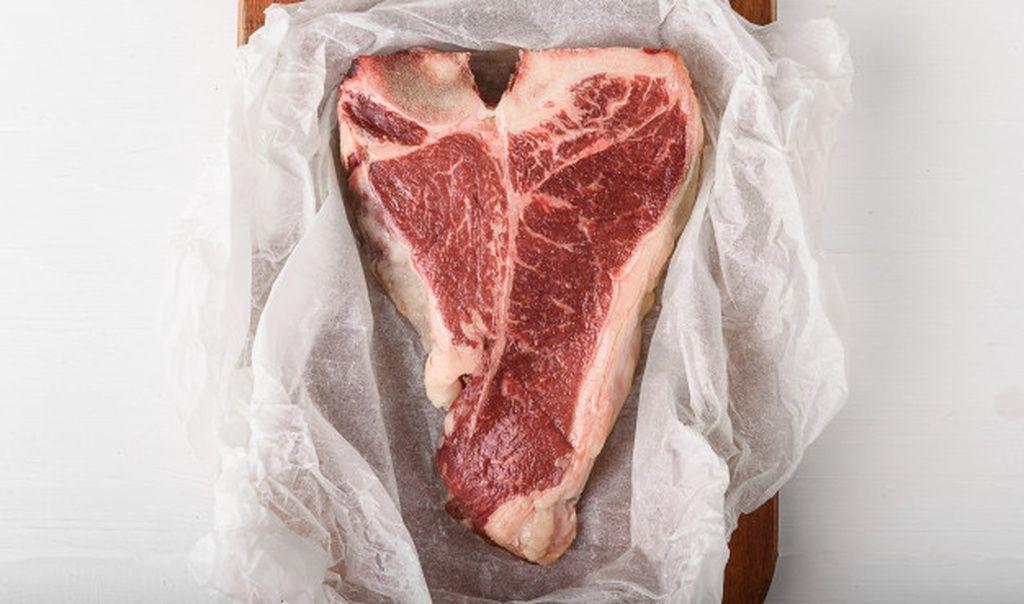 A Piece Of Fresh Farm Meat T Bon Non Gmo Wrapped In Eco Friendly Wrapping Paper Paid Affiliate Paid In 2020 Eco Friendly Wrapping Paper Wrapping Paper Non Gmo