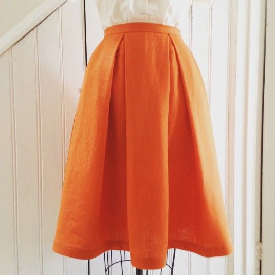 a post about a box pleated skirt sewing