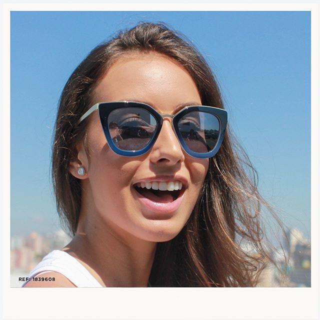 c6aa2695211ba Os óculos da Atitude Eyewear são perfeitos para diversas ocasiões. Além  disso os preços são incríveis! Esse modelo apenas 10x R  1960.
