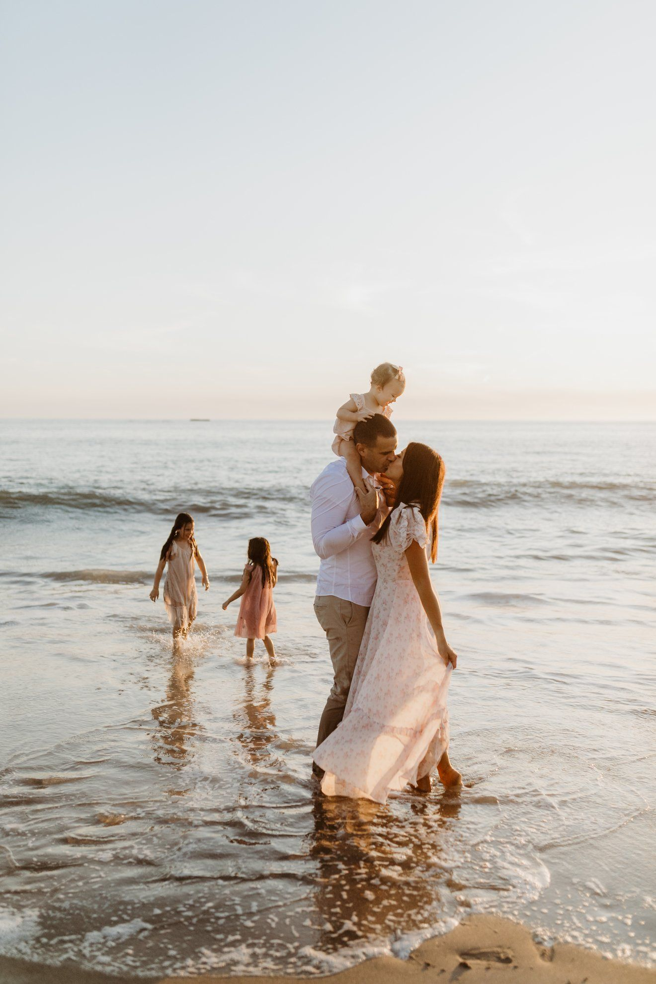 8 tips for the perfect family photos  Mint Arrow
