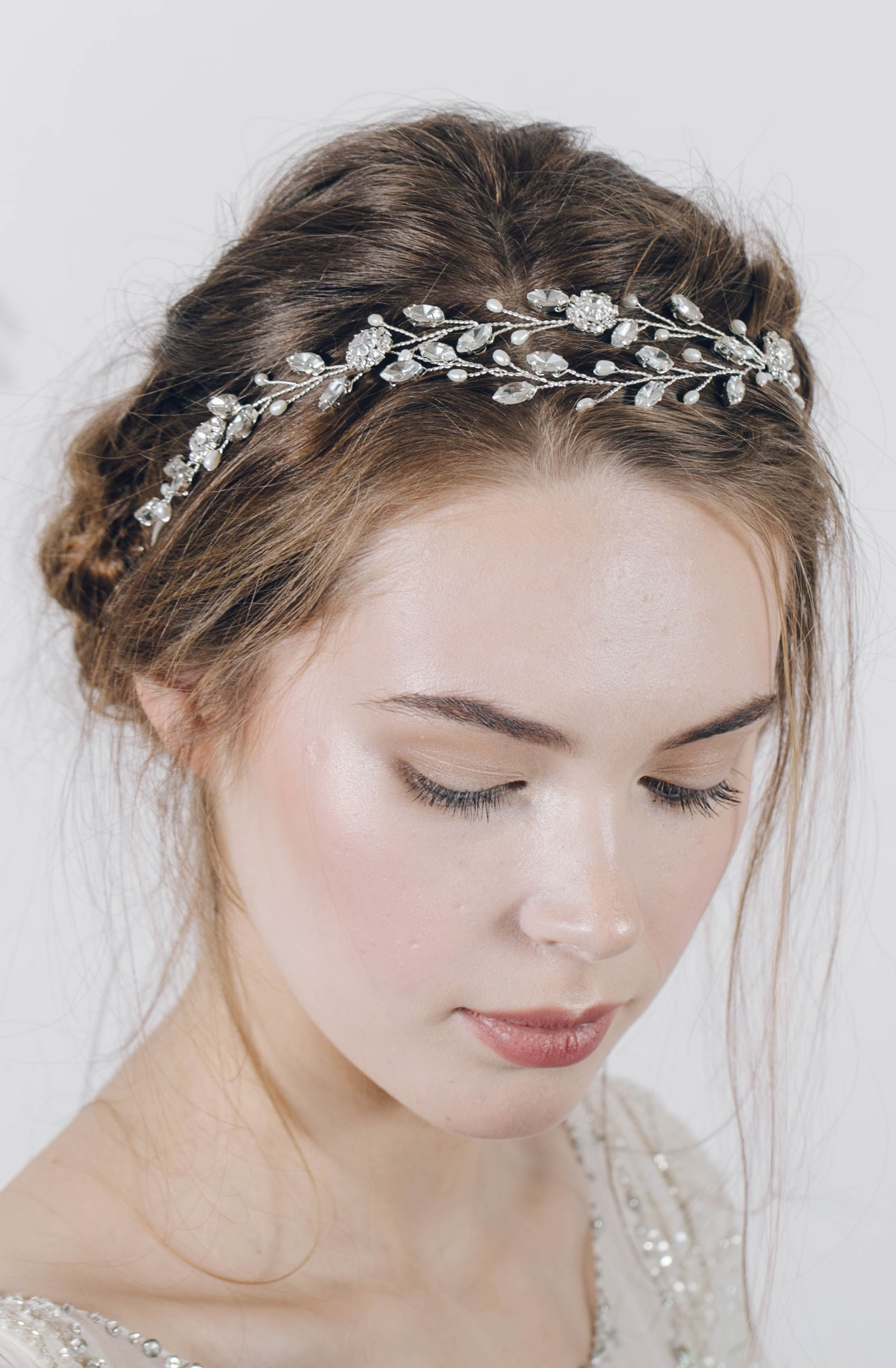 pin by maria urias on tiaras | wedding hair accessories