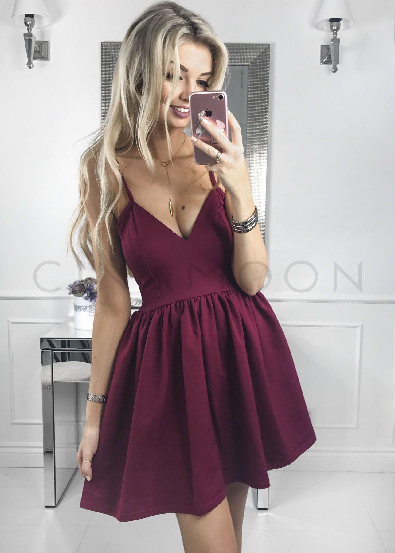 f42651499c MODEL 60 - Rozkloszowana sukienka na ramiączkach - CINAMOON - Najmodniejsze  ubrania w sieci
