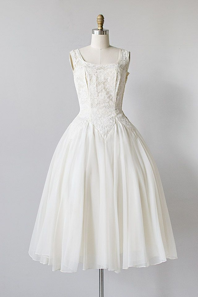 Absolute perfection! vintage 1950s lace chiffon basque waist wedding ...