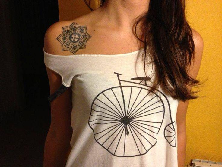 Flor De Loto Tatuajes En El Hombro Buscar Con Google Tattoos