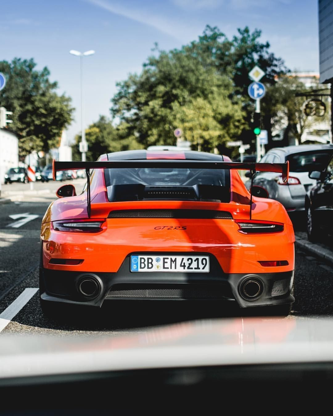 Gt2 Rs Travel In Style Michaellouis Www Michaellouis Com Porsche Porsche Gt Porsche Carrera Gt