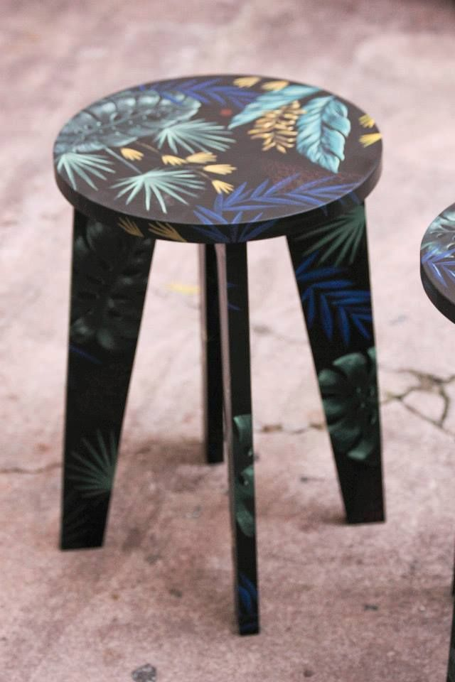 Beleza bancos de madera pintados a mano otros muebles - Muebles decorados a mano ...