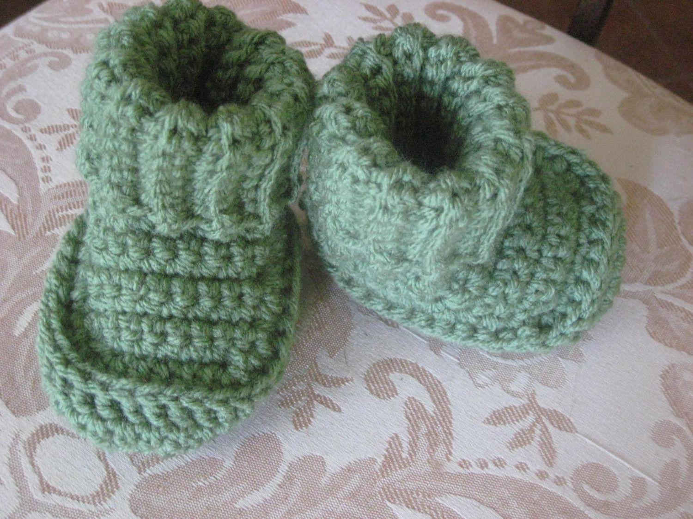 Free+Crochet+Pattern | FREE CROCHET PATTERN FOR WOMENS SLIPPER ...