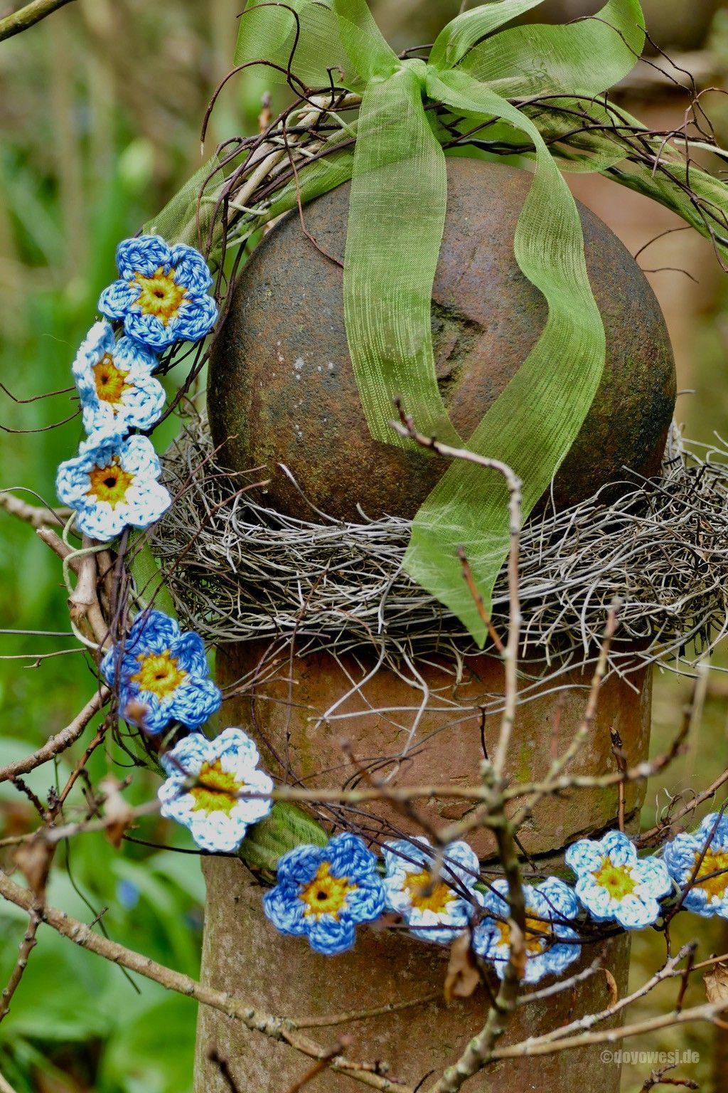 Photo of Crochet forget-me-not flowers – Karin Urban – NaturalSTyle