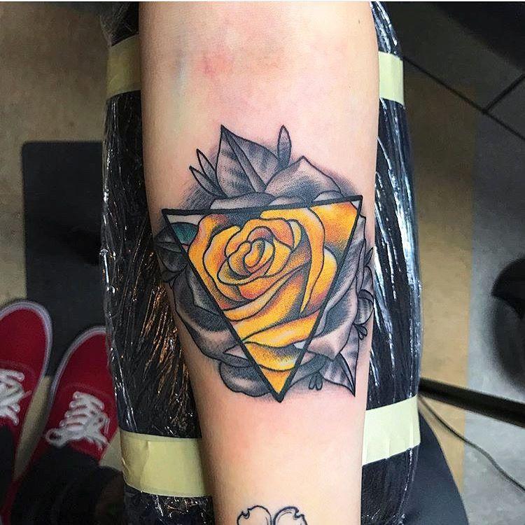 Geometric Black Color Yellow Rose Done At Hula Moon Pensacola Fl Yellow Rose Tattoos Tattoos Tattoo Designs