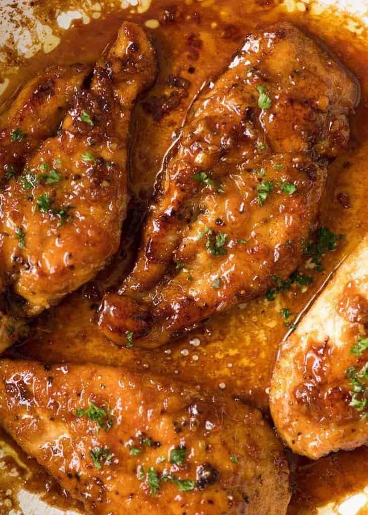 Poitrine de poulet au miel et à l'ail