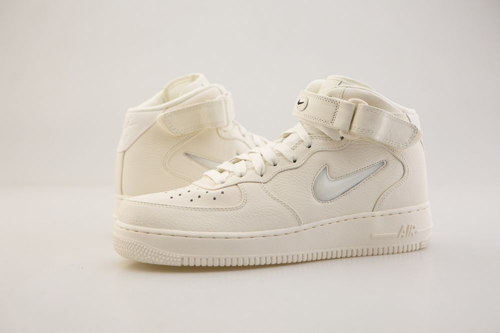6940e5ec67 Or the product may have very minor imperfections. The Air Force 1 mid gets  a premium update. Upper of premium leather. | eBay!