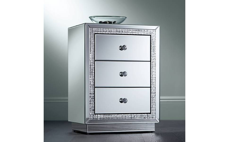 Biscaya 19 Wide 3-Drawer Beaded Mirrored Side Table
