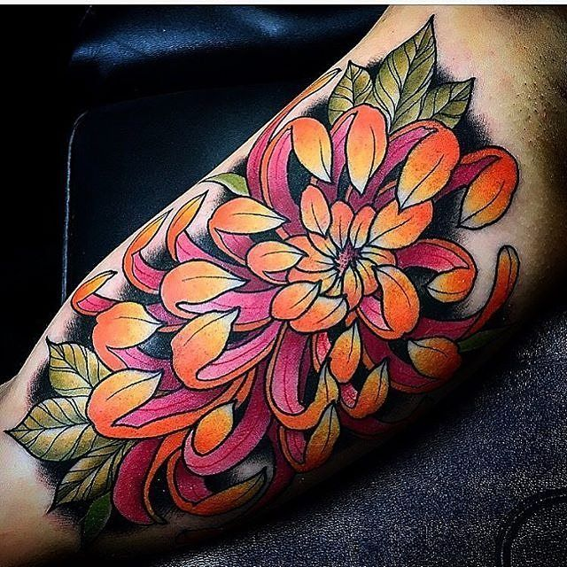 pin by kaylyn floyd on coloring book pinterest tattoos chrysanthemum tattoo and flower tattoos. Black Bedroom Furniture Sets. Home Design Ideas