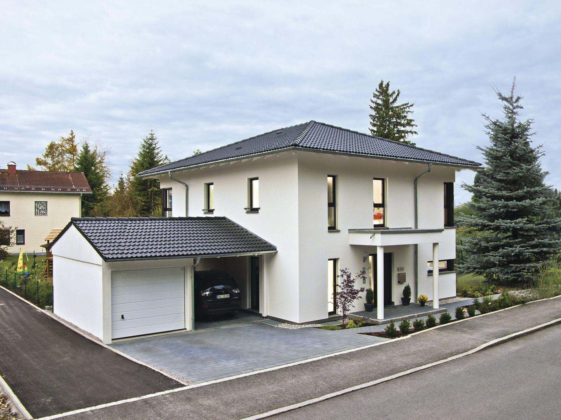 Haus CityLife 200 U2022 Ökohaus Biohaus Von WeberHaus U2022 Elegantes Stadthaus Mit  Walmdach, Dunklen