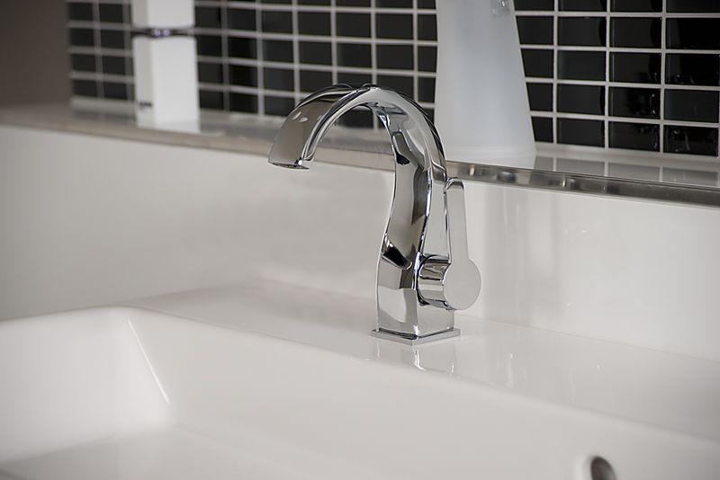 W48 Waschtisch Wasserfall Armatur Waschbecken Wasserhahn Bad Kuchen Glas Design Wasserhahn Bad Waschbecken Waschtisch