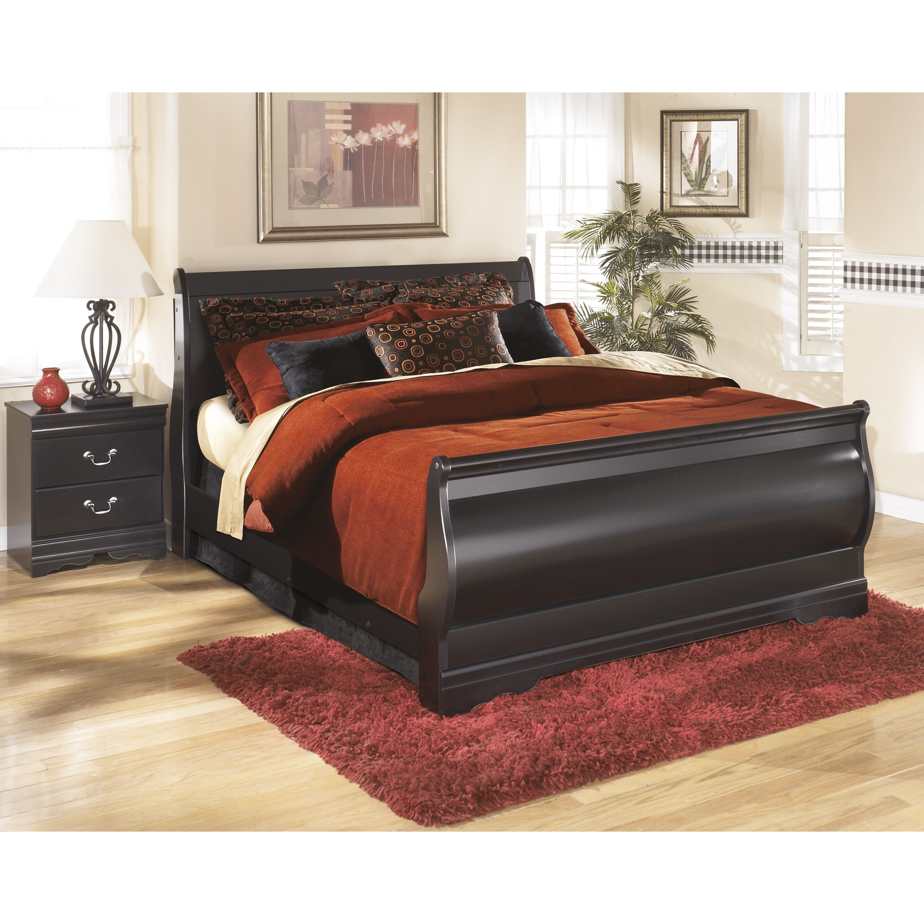 Signature Design by Ashley Huey Vineyard Black Sleigh Bed by