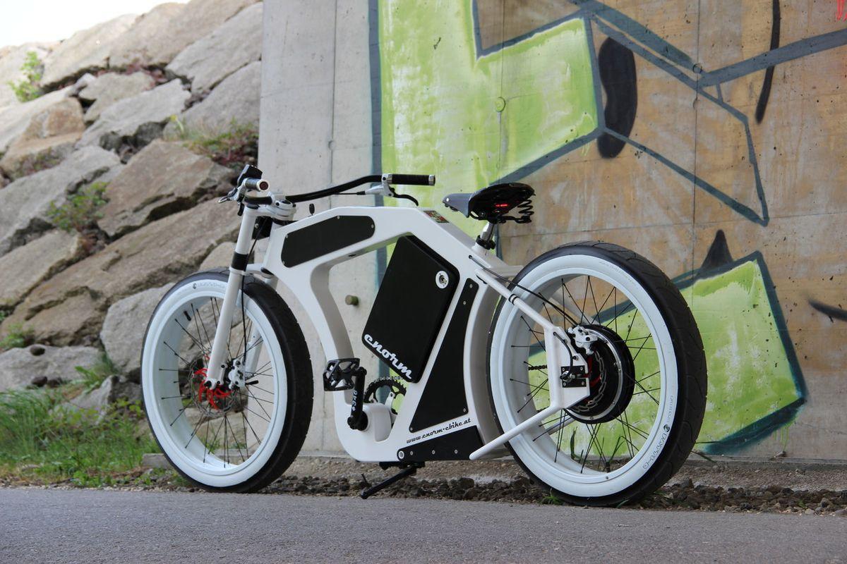 Custom E Bike Manufaktur Das Enorm Ebike Ist Ein Elektrofahrrad Mit Klassischem Aussehen Und Ein Handgefertigtes Einz Electric Bike Bicycles Bike Design Ebike