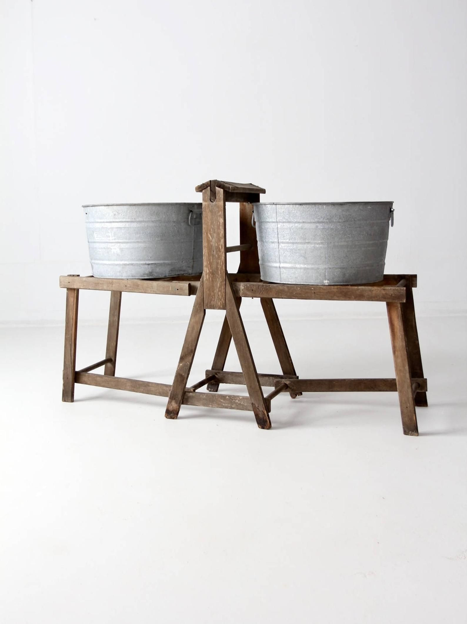 Antique Wash Tub Stand Primitive Laundry Stand Galvanized Tub