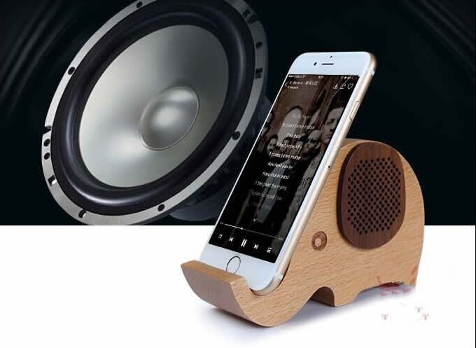 Wooden Elephant Shaped Bluetooth Speaker Mobile Display