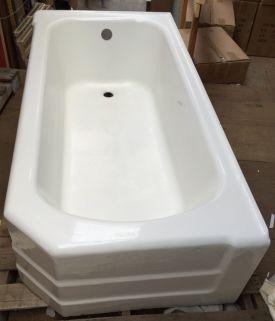 Cast Iron Art Deco Corner Tub Already Sold When I Pinned This Vintage Bathtub House Rental Corner Tub Cast iron bath tub for sale