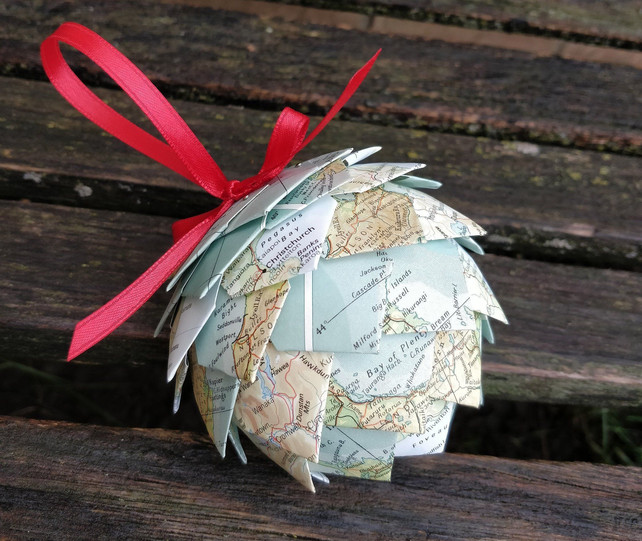 New Zealand Map Ornament Or CHOOSE YOUR PLACES Unique Gift For Christmas Birthday