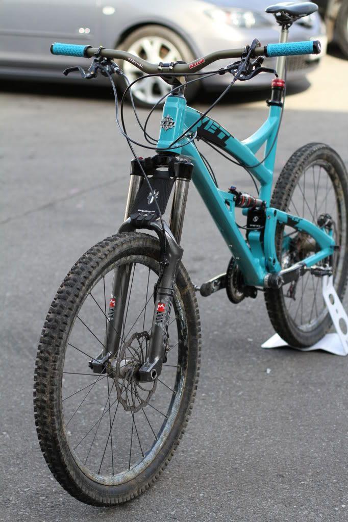 7b648729ecd Turquoise Yeti SB66 with Renthal Bars | MTB | Bicycle, Bike, Mtb