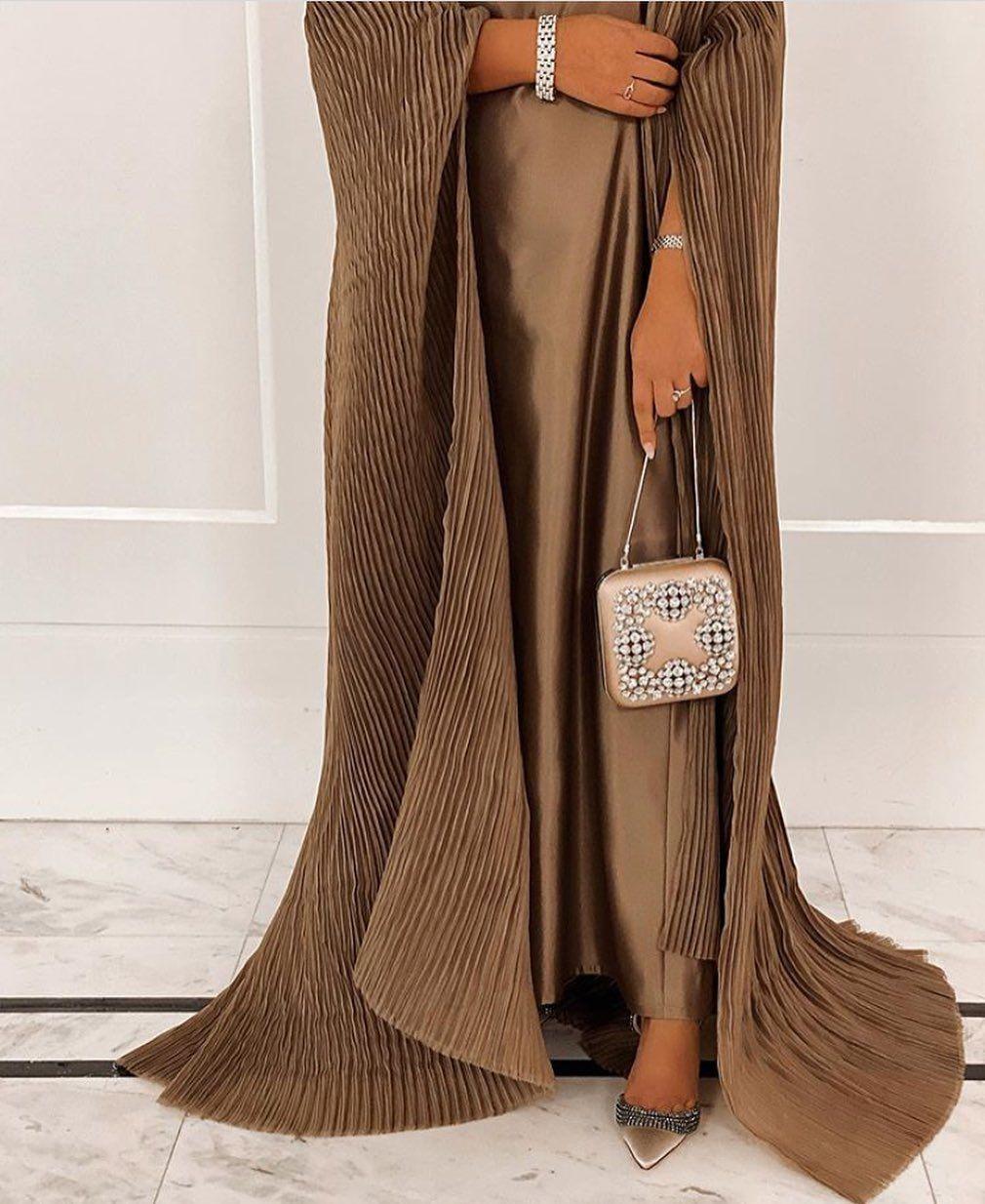الحمدلله On Instagram Bronze Dress Gown Fashion Fashionblogger Style Stylish Trend Details Phot Fashion Womens Fashion Fashion Blogger