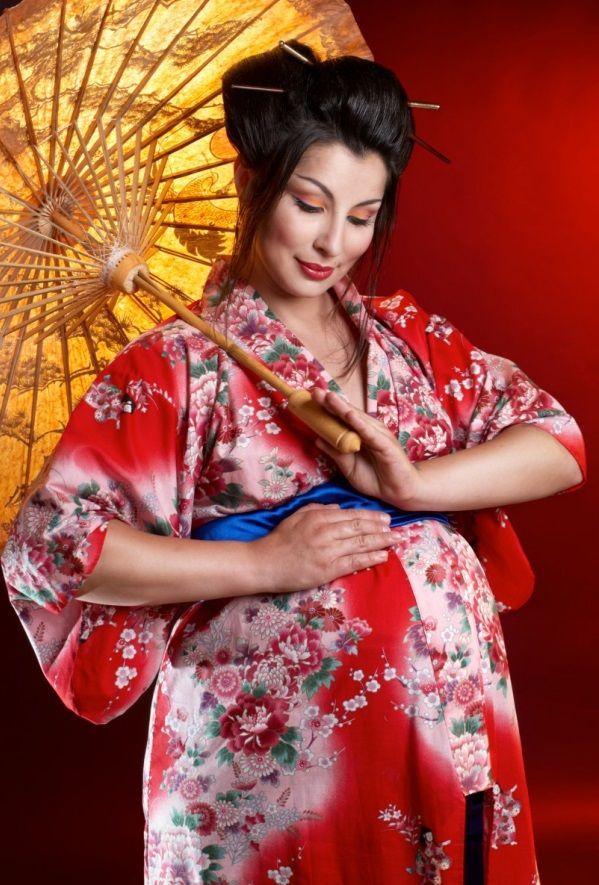 fancy Maternity Halloween costumes geisha costume pregnant halloween - mom halloween costume ideas