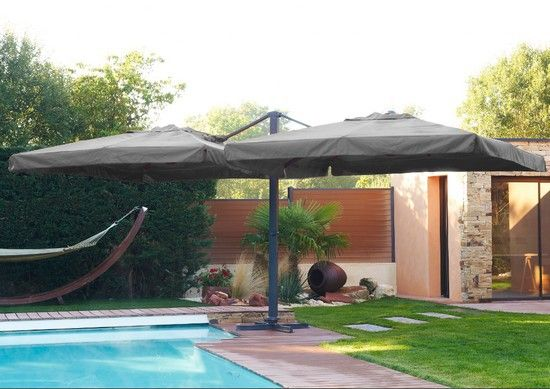 Parasol Double Coloris Gris Pied Central Carre Au Meilleur Prix Lekingstore Patio Patio Umbrella Parasol