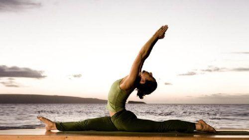 Que es mejor yoga o pilates para adelgazar