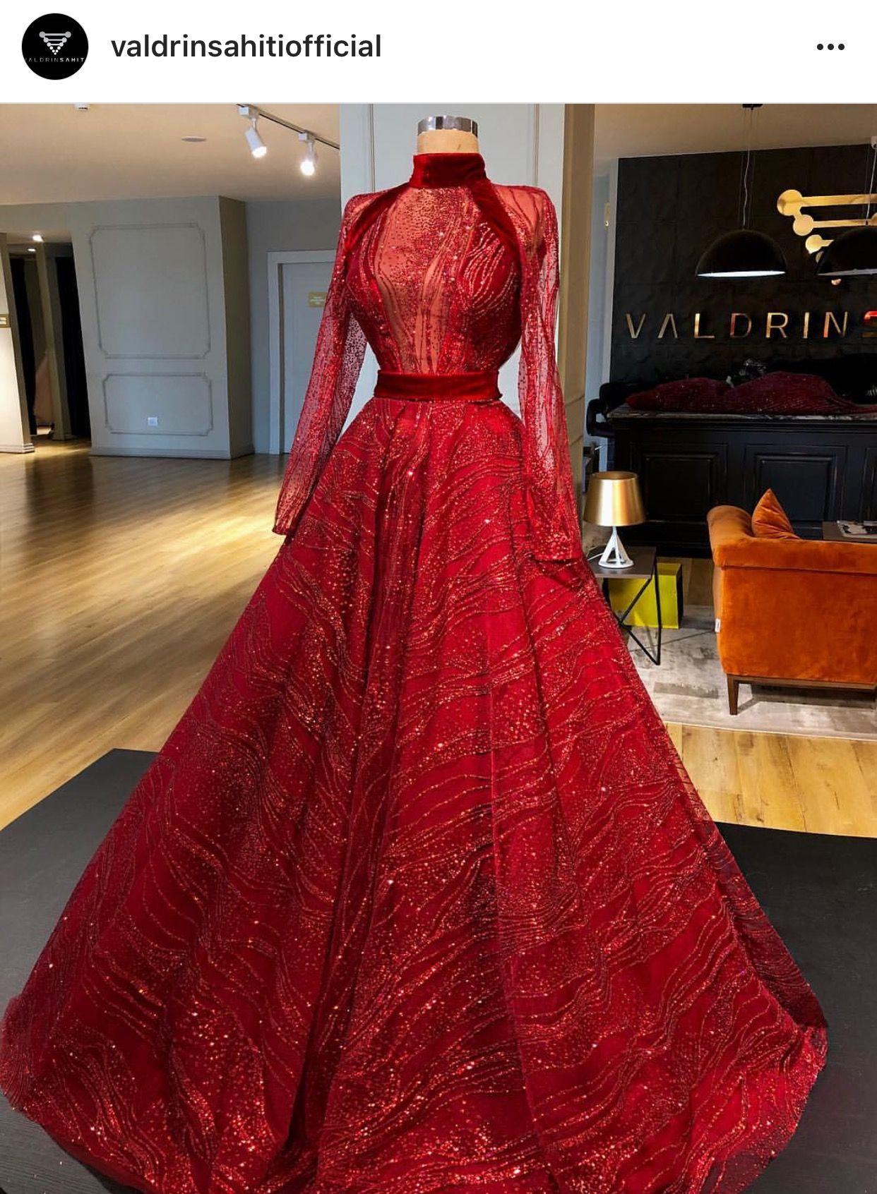 7f210ed1e5123 PINNED BY @MUSKAJAHAN Vestido Tumblr, Glamorous Dresses, Elegant Dresses,  Pretty Dresses,