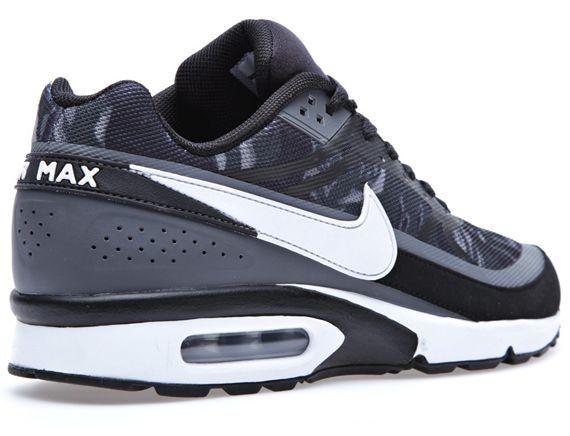 Nike Air Classic BW PRM Tape | Nike shoes, Sneakers nike