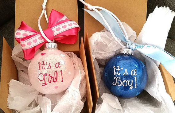 Gender Reveal Gift Box Check Out This Item In My Etsy Shop Https Www Etsy Com Listing 4 Christmas Gender Reveal Gender Reveal Gifts Baby Gender Reveal Party