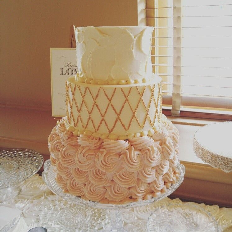 I Didn T Intend To Get Into The Business Of Wedding Cakes Exactly Wasn Particularly Averse It S Just That When You Re Busy With Daily