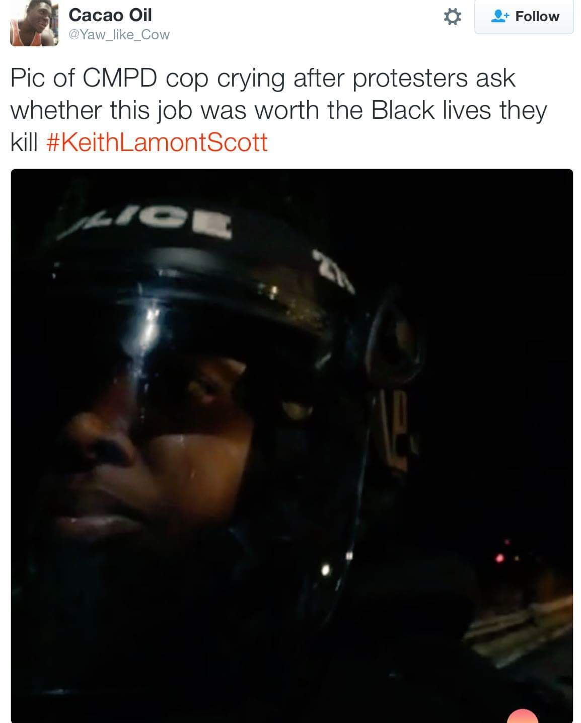 'Pic of CMPD cop crying after protesters ask whether this
