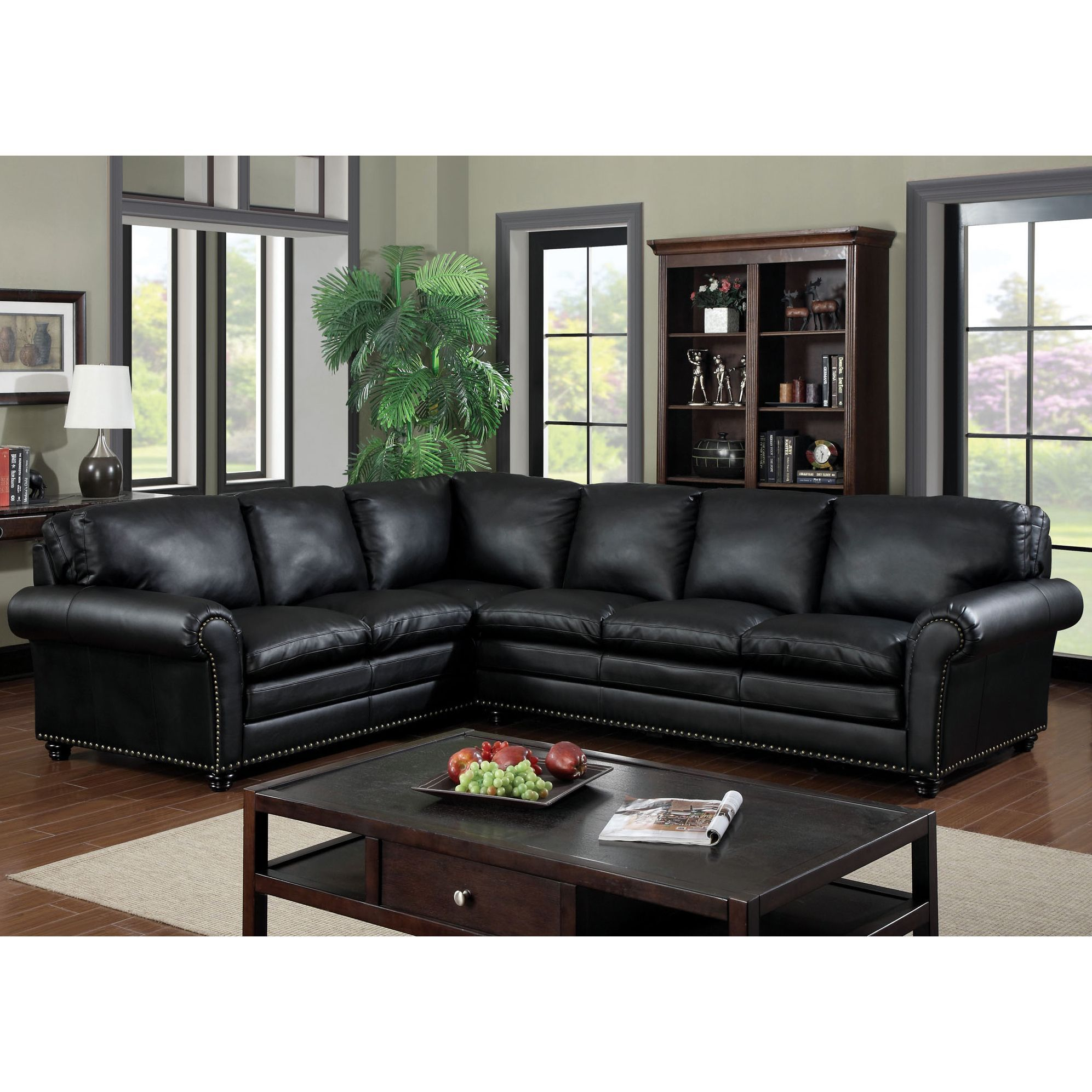 Avanti Traditional Black Sectional Sofa w Nailhead Accents 757