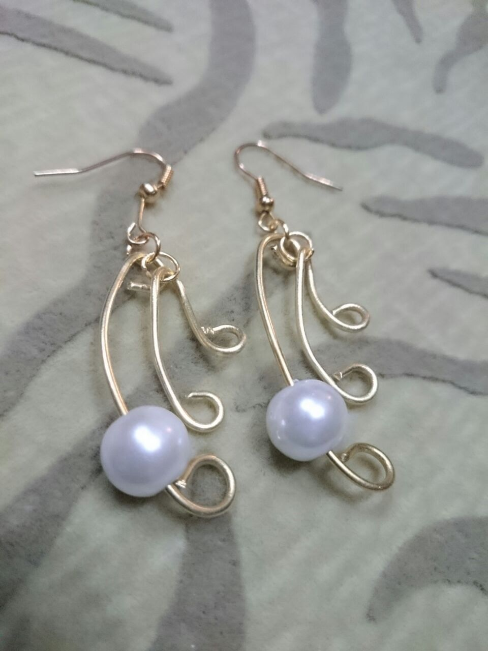 How to Make Wire Jewelry Ideas - Pearl Simplicity Earrings ...