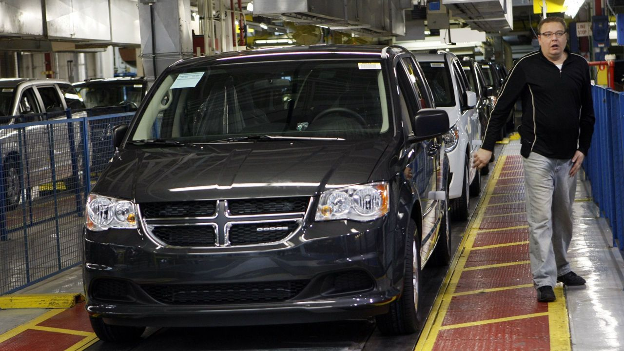 US carmakers slashed daily rental sales in July