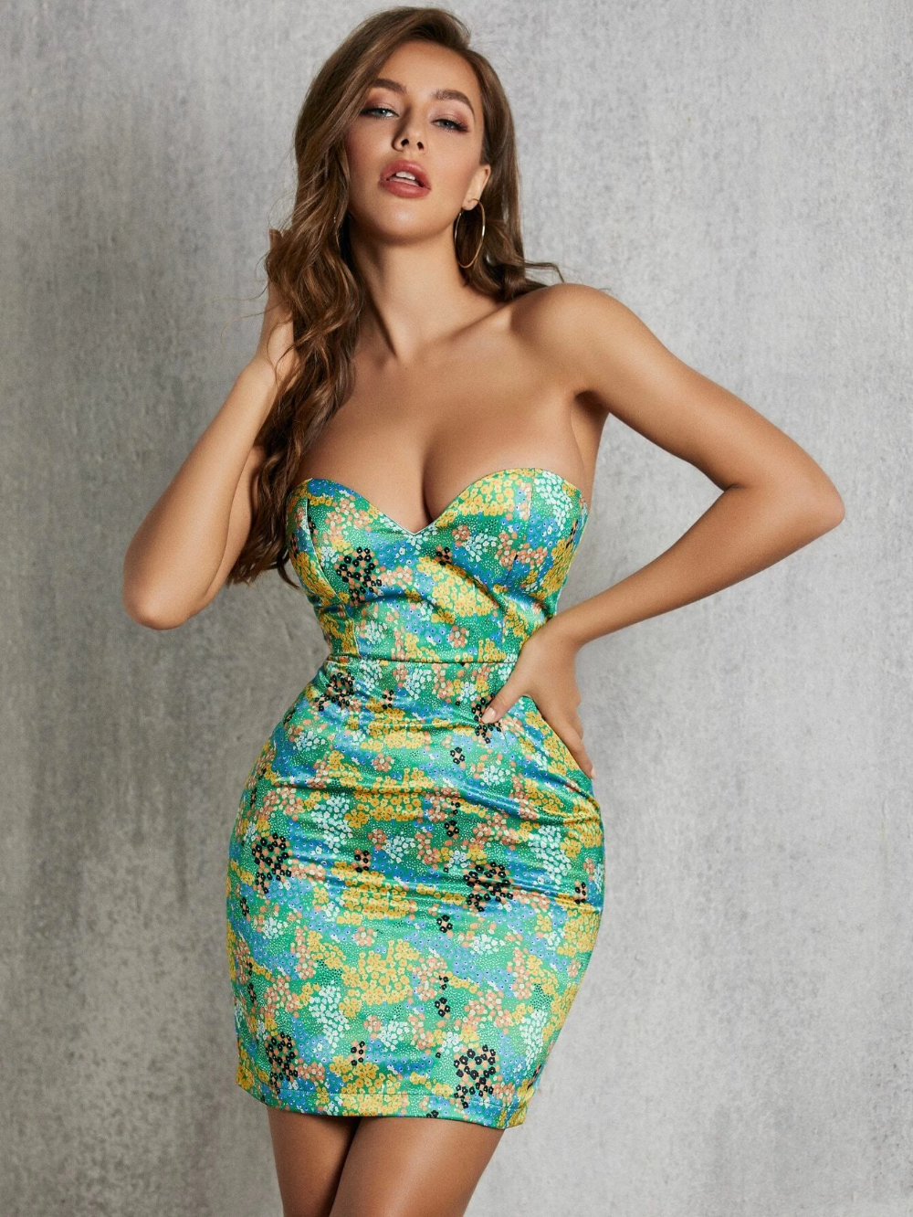 Sbetro Ditsy Floral Satin Tube Dress Shein South Africa Tube Dress Dresses Floral Bodycon [ 1332 x 1000 Pixel ]