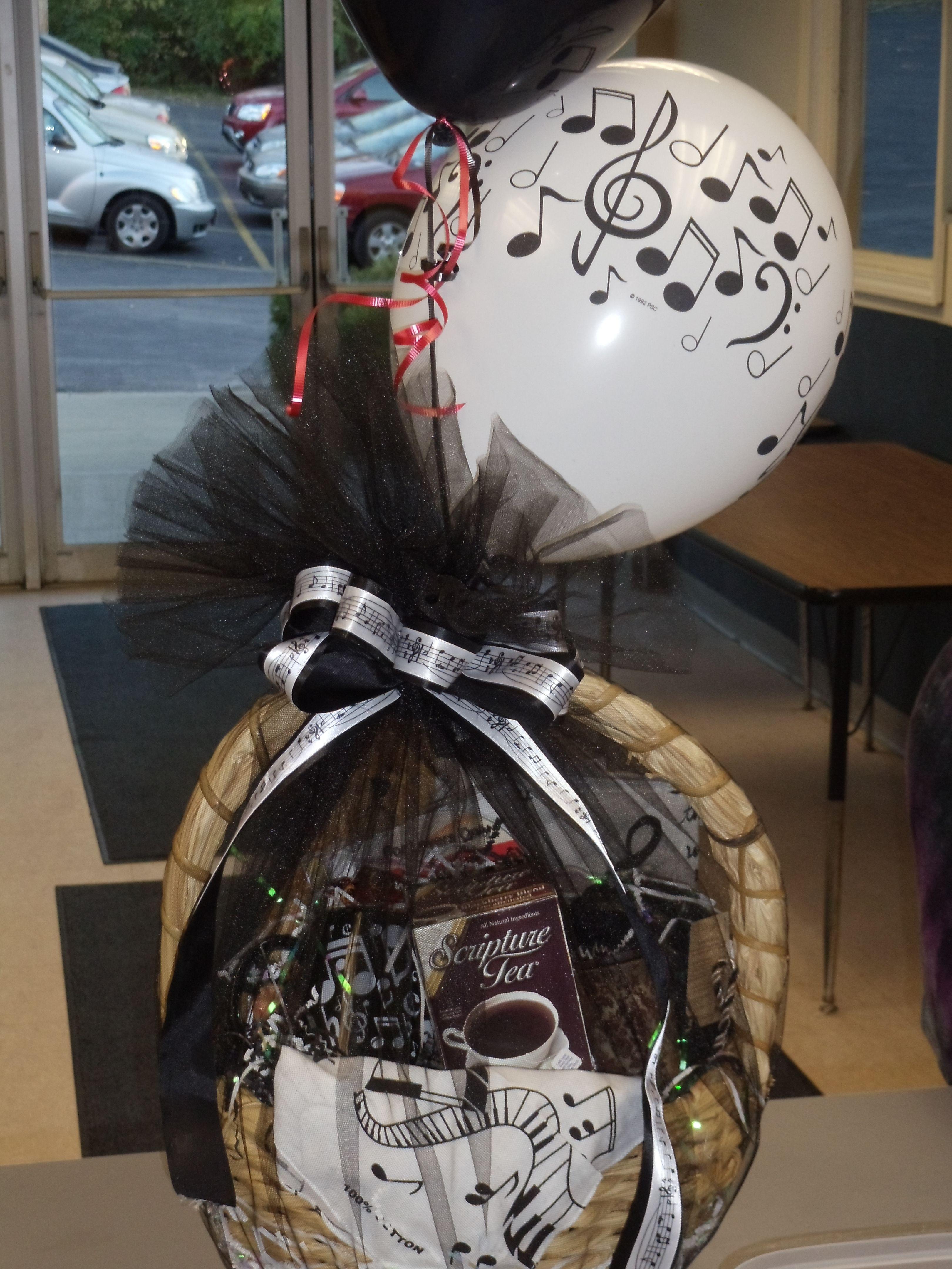 customed made musical gift basket
