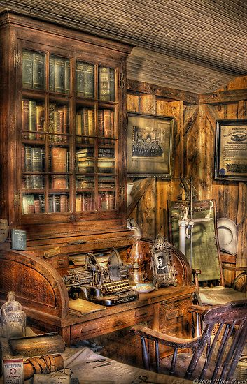 Doctor S Office Mike Savad Art Shop Interiors